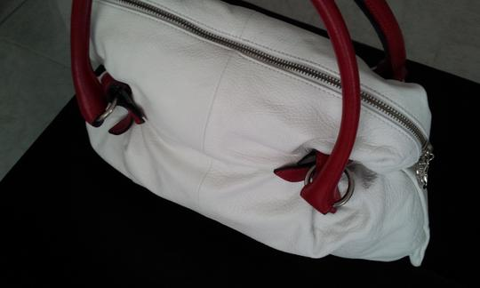 Blu Style Leather Handbag Tote in White with Red accents