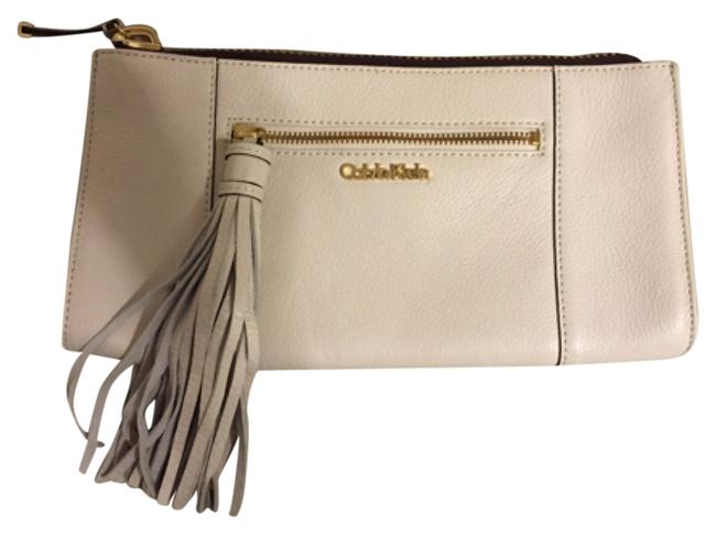 Item - With Tassel Ivory Leather Clutch