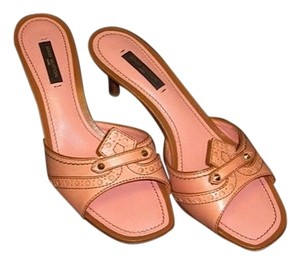 Louis Vuitton Leather Kitten Heel Embossed pink Sandals