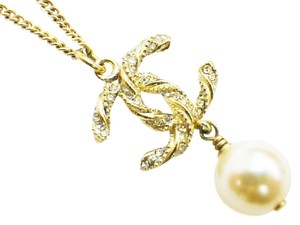 Chanel Chanel Classic Gold Twist CC Crystal Pearl Necklace