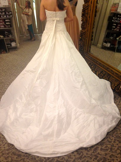 Enzoani Ivory Cannes Formal Wedding Dress Size 14 (L)