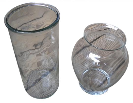 Preload https://item5.tradesy.com/images/clear-vases-1011089-0-0.jpg?width=440&height=440