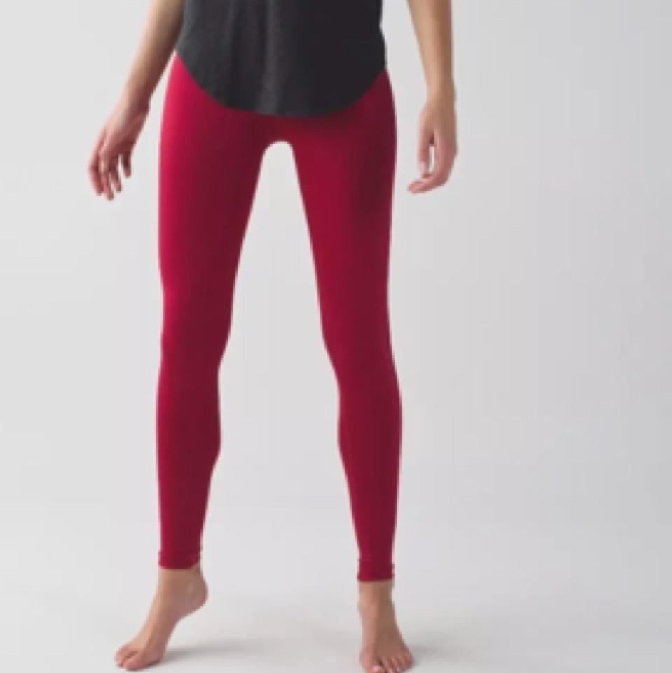 7a1a7f873c0461 Lululemon New With Tags Lululemon Zone In Tights Size 4 Cranberry Image 4.  12345