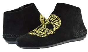 House of Harlow 1960 Moccasin Suede Rocker Festival Black/ Gold Embroidery Boots