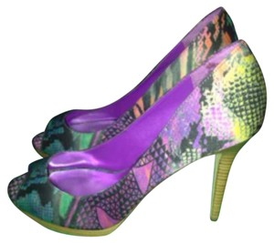 INC International Concepts Multicolor Platforms