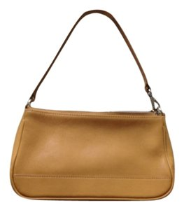 Coach Hamptons Leather Leather Satchel in Light Brown