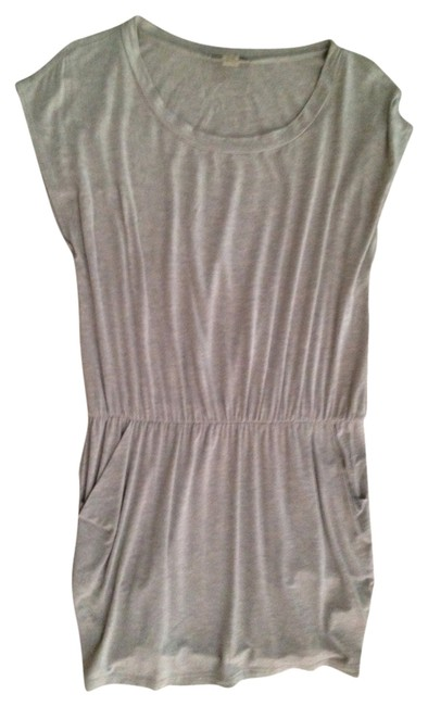 Preload https://item5.tradesy.com/images/forever-21-tunic-grey-1012119-0-0.jpg?width=400&height=650