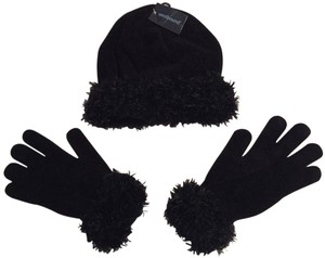 Westbound Black Hat and Glove Set with Faux Fur Trim