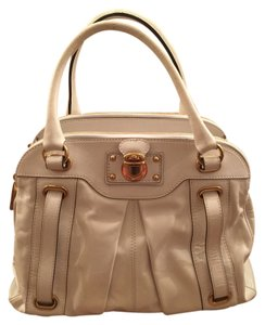 Marc Jacobs Satchel in White/Gold