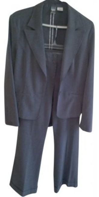 Preload https://item2.tradesy.com/images/star-city-pant-suit-size-8-m-10126-0-0.jpg?width=400&height=650