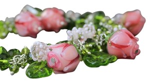 Buy Designs Buy Designs Rose Lampwork Bead Necklace Bracelet and Earring Set