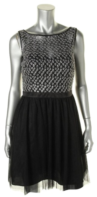 Item - Black Silver Style Number: 141610830 Above Knee Short Casual Dress Size Petite 8 (M)