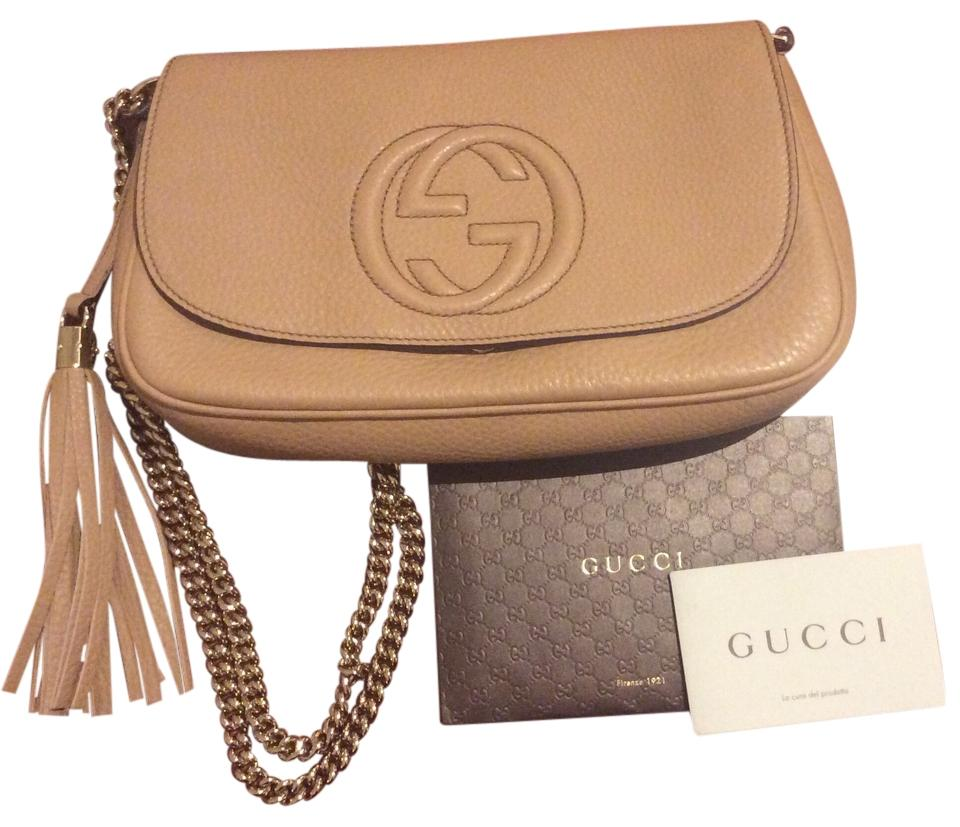 1c5a9e42c2e6 Gucci Light Leather Soho Leather Shoulder Gold Chain Front Flap Large  Embossed Flap Cross Body Bag ...