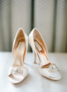 Badgley Mischka Vanilla Satin (Blush Pink) Gia Pumps Size US 8.5