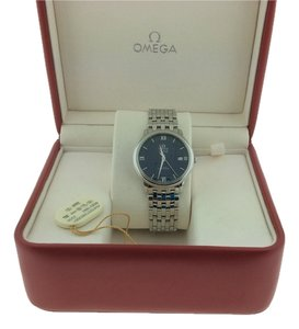 Omega Omega De Ville Prestige Silver Men's Analog Watch 424.10.37.20.03.001