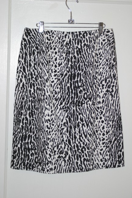 Talbots Cheetah Pencil Size 1o Skirt Black and White animal print