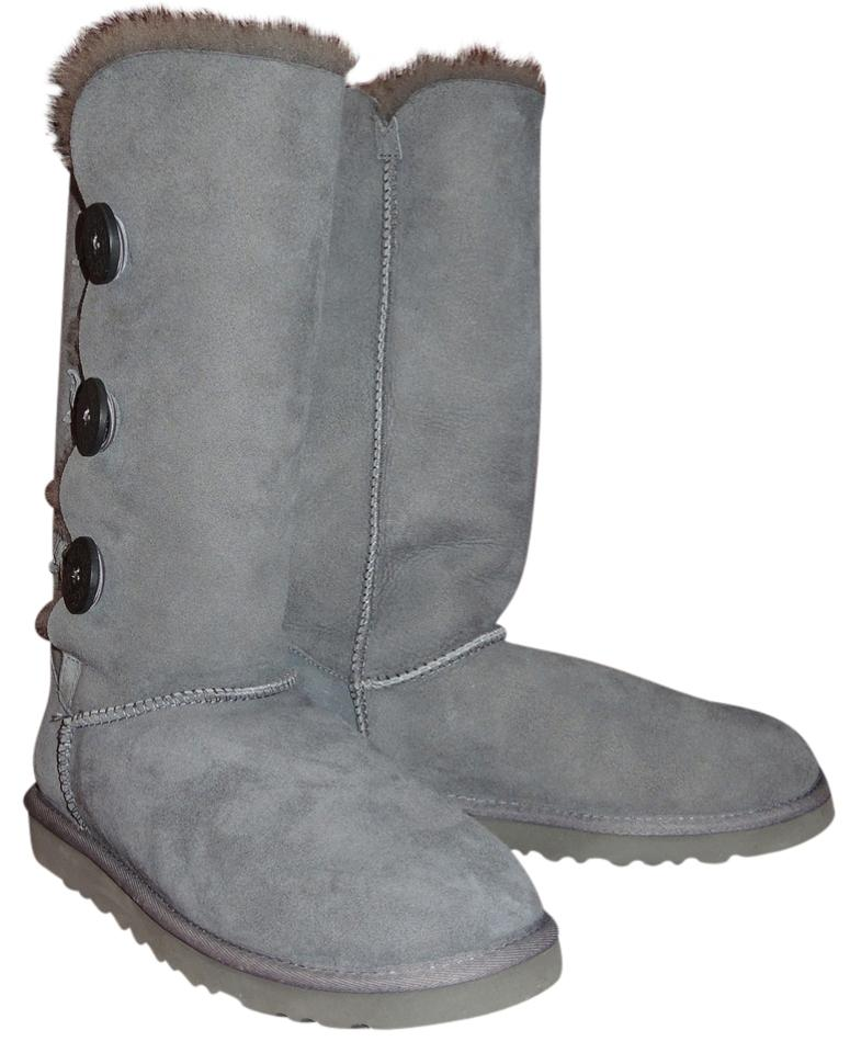 fc13abae790 UGG Australia Grey Bailey Button Triplet Boots/Booties Size US 8 40% off  retail