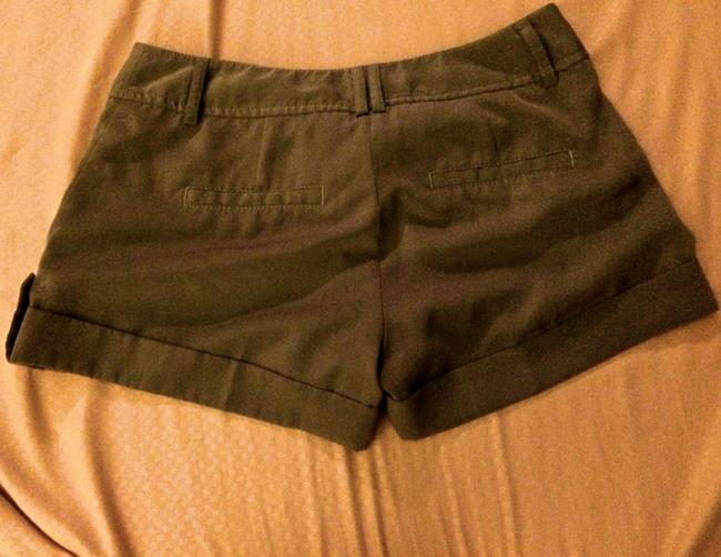 Express Distressed Seamed Summer Casual Cuffed Shorts Olive Green