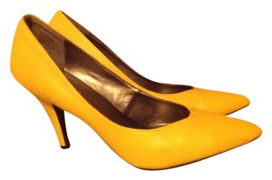 Rouge Yellow Pumps
