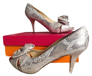Kate Spade Heel Bows Holiday Fashion Footwear Stiletto Metallic Snakeskin Comfortable Party Camel/Washed Metallic Pumps