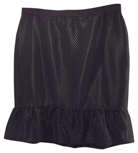 Preload https://item3.tradesy.com/images/ann-taylor-black-dotted-miniskirt-size-petite-4-s-10147972-0-1.jpg?width=400&height=650