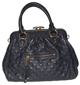 Marc Jacobs Quilted Textured Leather Stam Frame Handbag Satchel in Navy Blue