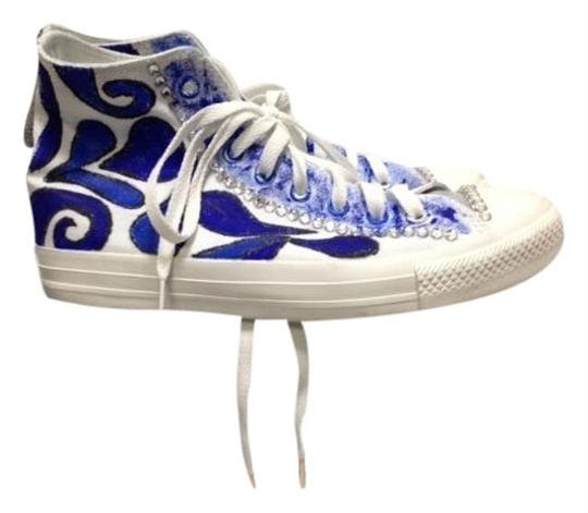 Preload https://item1.tradesy.com/images/converse-white-and-blue-hand-painted-with-sequins-male-sneakers-size-us-7-regular-m-b-10148905-0-9.jpg?width=440&height=440