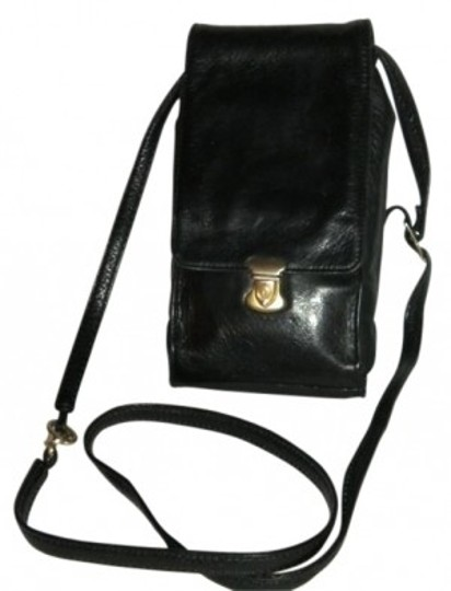 Preload https://item5.tradesy.com/images/perlina-night-on-the-town-purse-black-leather-cross-body-bag-10149-0-0.jpg?width=440&height=440