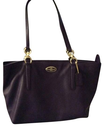 Preload https://item3.tradesy.com/images/coach-purple-leather-tote-10149307-0-2.jpg?width=440&height=440