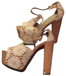 Jessica Simpson Cream/natural Platforms