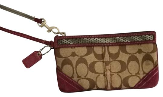 Preload https://item4.tradesy.com/images/coach-brown-and-purple-clutch-1015113-0-0.jpg?width=440&height=440