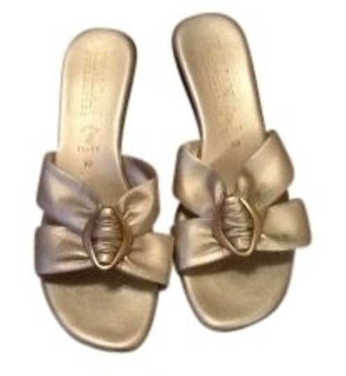 Preload https://item3.tradesy.com/images/gold-metallic-made-in-italy-sandals-size-us-10-regular-m-b-10152-0-0.jpg?width=440&height=440