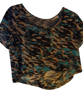 Moda International Crop T Shirt Green, Gold, & Black