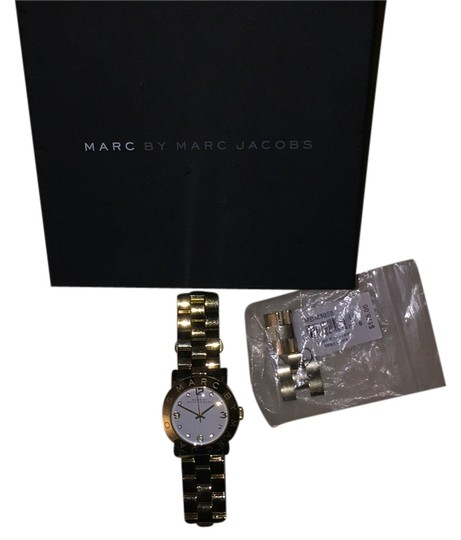 Preload https://img-static.tradesy.com/item/10156528/marc-by-marc-jacobs-gold-amy-watch-0-1-540-540.jpg