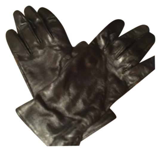 Preload https://item2.tradesy.com/images/black-leatherw-cream-tone-cashmere-lining-gentle-useddriving-gloves100-leathercashmere-10157356-0-1.jpg?width=440&height=440