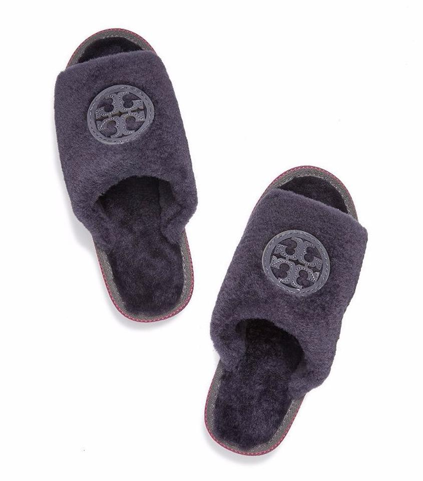 b63000976bc Tory Burch Uva Purple Midnight Purple Shearling Logo Slide Sandals ...