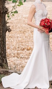 Cheongsam Gown With Giupure Patch Lace Wedding Dress
