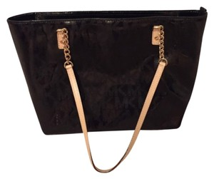 Michael Kors Jet Set Mk Tote in Black