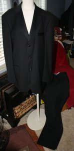 Never Worn Black Formal Tuxedo