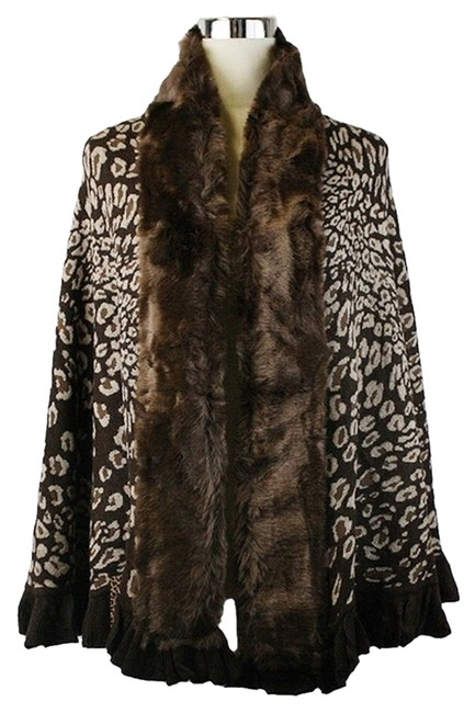 Preload https://img-static.tradesy.com/item/10161412/brown-beige-fur-trimmed-ruffle-accent-wrap-shawl-ponchocape-size-os-one-size-0-1-650-650.jpg