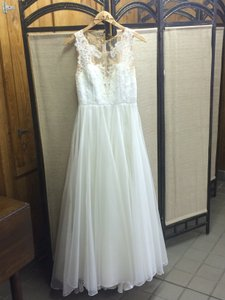 Leanne Marshall Ivory/Nude/Champagne Detail Danielle Vintage Wedding Dress Size 6 (S)