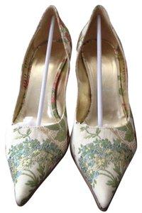 Casadei Gold Trim Box Fabric Beige With Floral Design Pumps