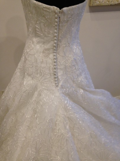 Ivory/ Silver Embroidered Taffeta Beatrice By Vintage Wedding Dress Size 10 (M) Image 3