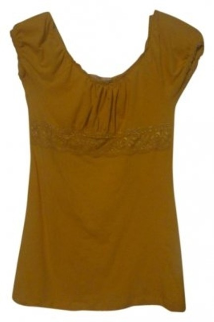 Preload https://item4.tradesy.com/images/bozzolo-yellow-blouse-size-2-xs-10163-0-0.jpg?width=400&height=650