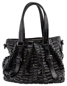 Burberry Lowry Tote in Black