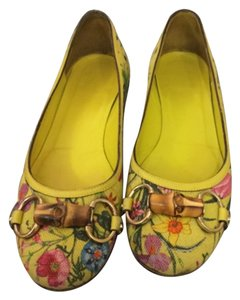Gucci Yellow, multi Flats