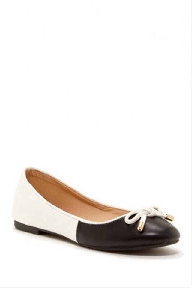 black and white color block flats pam size 10 12
