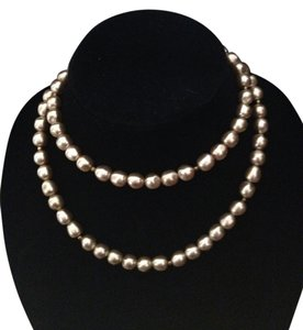 Vintage Long Faux pearl gold tone bead necklace