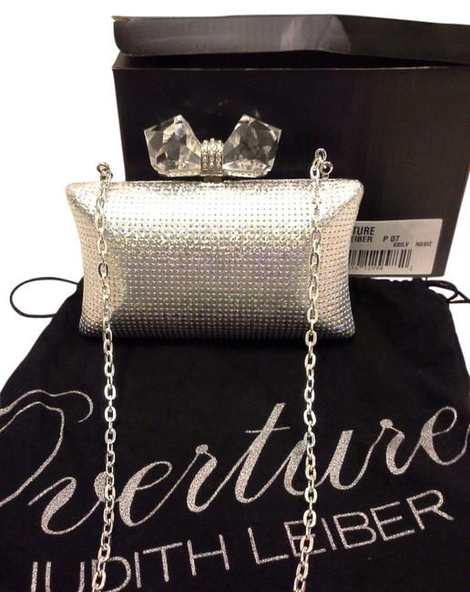 Item - Bullet Style (Concave) Silver Leather Clutch