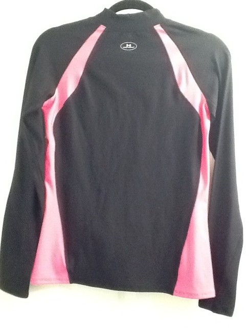 Under Armour Long Sleeve Moistre Wick Activewear Sweater
